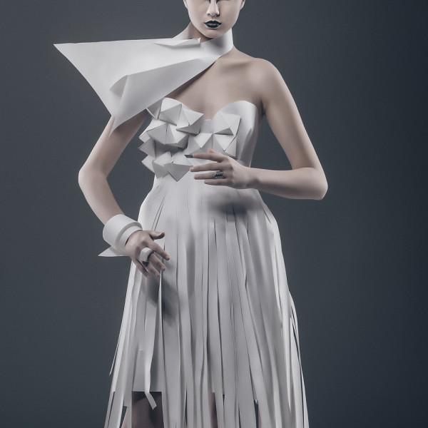 Fotografie de studio: Paper-doll