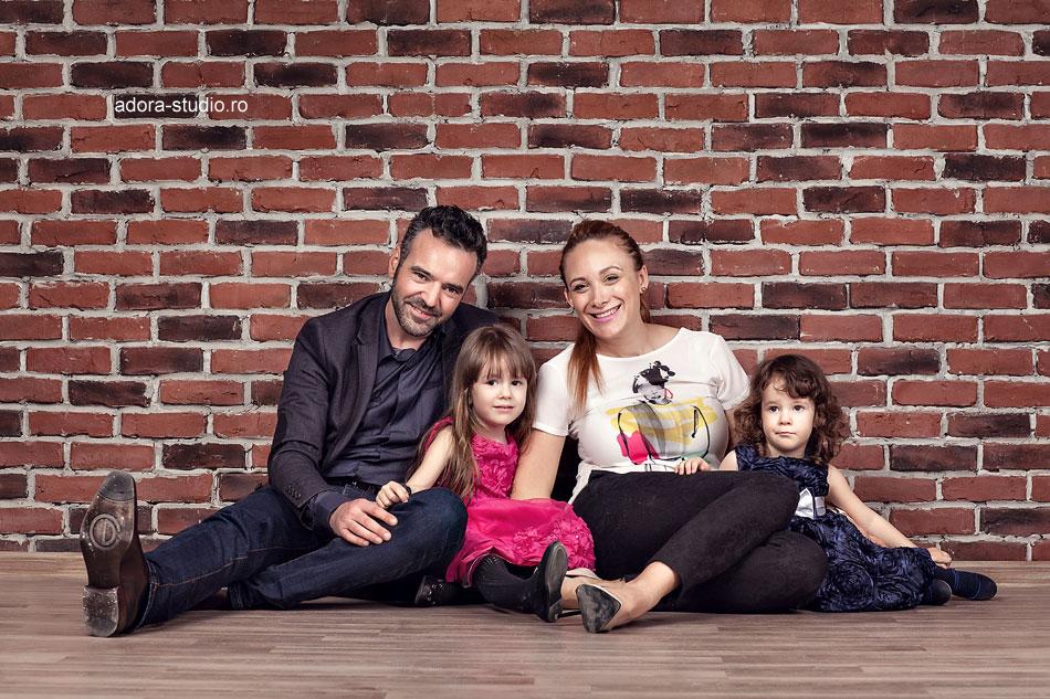 8 sesiune foto de familie in studio Constanta